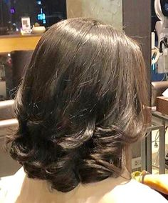 Pin on hair styles Pin on hair styles Dark Brunette Hair, Brown Hair With Blonde Highlights, Short Thin Hair, Long Layered Hair, Medium Hair Styles, Short Hair Styles, Cabello Hair, Long Bob Haircuts, Great Hair