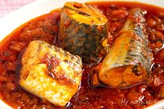 Easy and delicious homemade fish recipes, they are ridiculously easy to make. Here you will find great, easy and quick fish recipes. Fish Recipes, Seafood Recipes, Cooking Recipes, Recipies, Canned Mackerel Recipes, Catfish Stew, Ghanaian Food, Nigeria Food, Mackerel Fish