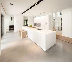 """Résultat de recherche d'images pour """"sol béton ciré gris cuisine blanche"""""""