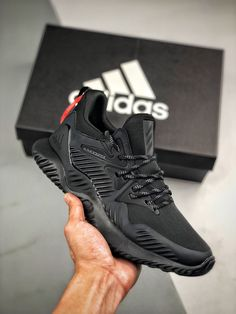 Black Sneakers, Air Max Sneakers, Sneakers Nike, Military Gear, Sports Shoes, Shoe Game, Adidas Shoes, Sneakers Fashion, Nike Air Max
