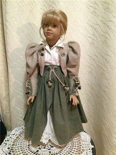Аристократка Dominike . Ilse Wippler и Marianne Eder для Sigikid / Коллекционные куклы (винил) / Шопик. Продать купить куклу / Бэйбики. Куклы фото. Одежда для кукол