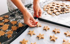 3 Ways To Keep Chemicals Out Of Your Holiday Cooking | OrganicLife | Don't let toxic pots and pans spoil the festivities.