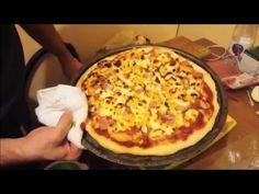 Pizza készítés ahogy mi szeretjük - YouTube