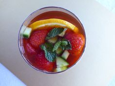 A taste of summer. Green Lentils, Jelly, Strawberry, Yummy Food, Healthy Recipes, Fruit, Ethnic Recipes, Desserts, Summer