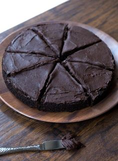Dark chocolate cake;