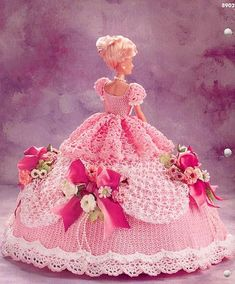 Barbie - Csilla Csontos - Picasa Web Albums...COLLECTION OF BARBIE FASHIONS!! SOME PATTERNS ARE WRITTEN AND OTHERS HAVE DIAGRAMS!!