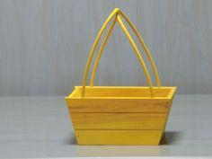 Pequeñas cestas de madera, con diferentes acabados.  3.45€
