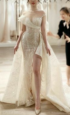 Elegant Dresses, Pretty Dresses, Beautiful Dresses, Formal Dresses, Dream Wedding Dresses, Bridal Dresses, Luxury Wedding Dress, 2 In 1 Wedding Dress, Luxury Dress