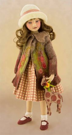 Elaine Inch Tall Felt Doll Special Limited Edition : 1 Created in 2013 Porcelain Doll Makeup, Porcelain Dolls For Sale, Child Doll, Girl Dolls, Baby Dolls, Dollhouse Dolls, Miniature Dolls, Fairy Clothes, Doll Clothes