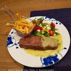 Edels Mat & Vin: Biff & Pommes frites i AirFryer med salat og bearn. Steak, Food, Red Peppers, Meals, Yemek, Eten, Steaks