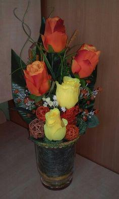 Asztaldísz rózsás