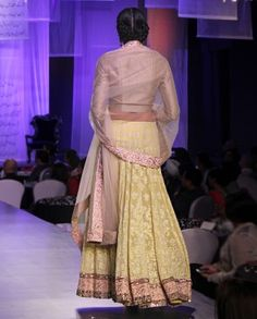 Yellow Chikankari Lengha www.thewedding-hut.co.uk Manish Malhotra