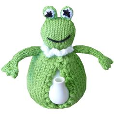 Enhance the enjoyment of drinking tea with your own one-off hand knitted tea cosy. A cosy will keep your tea hot and allow you to serve it in style. Free Knitting, Knitting Patterns, Crochet Patterns, Knitting Ideas, Crochet Geek, Form Crochet, Frog Tea, Knitted Tea Cosies, Geek Crafts