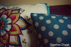 Almohadones bordados a mano Diseños propios. Facebook: Diwali