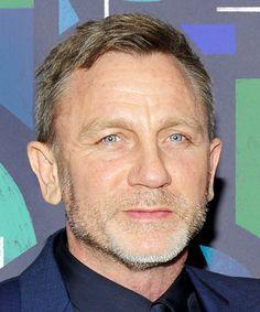 Daniel Craig Was Recast As James Bond & We're Scratching Our Heads+ Rachel Weisz, Daniel Graig, Handsome Older Men, Daniel Craig James Bond, Best Bond, Z Cam, Female Stars, Iconic Movies, Channing Tatum