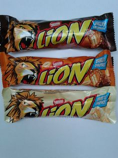 Nestle Lion chocolate bar 42g, Lion white, Lion peanut