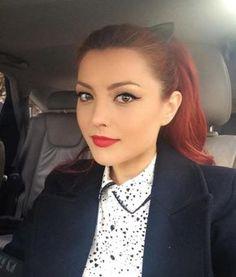 Ten de bebeluş! Încearcă masca cu aspirină a Elenei Gheorghe | Cosmetică | Unica.ro Beauty Care, Beauty Hacks, Hair Beauty, I Love Redheads, Beautiful Redhead, Makeup Revolution, Girls Be Like, Perfect Body, Body Care
