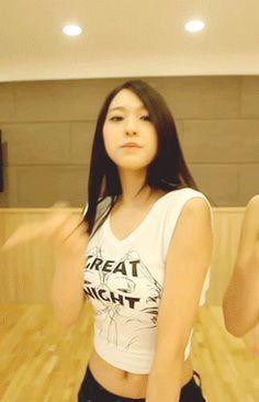 Seolhyun+AoA+Sexy+Dance+Practice+GIF+%282%29.gif (245×380)