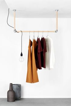 Rackbuddy Kim is a beautiful clothing rack made out of the most stylish oak wood and can be installed on your ceiling. Cool Nordic Design for every home! Hanging Clothes Racks, Hanging Closet, Hanging Racks, Diy Clothes Rail, Boutique Interior, Ikea Baby Nursery, Flur Design, Ceiling Hanging, D House
