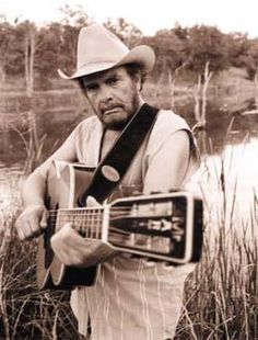 Merle Haggard, At home by the Kern River Bakersfield, Ca