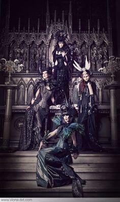 Dark Baroque. Sophie Power Board /  #riverislandbaroque