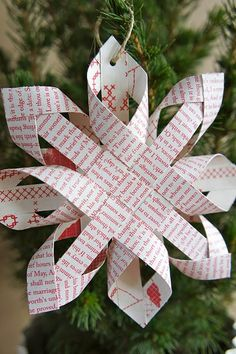 Paper snowflake. Directions in French but images self explanatory.