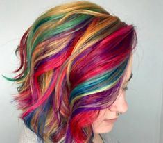 5 Hairstyles That Look Way Better on Dirty Hair - Amately Vibrant Hair Colors, Bright Hair, Colourful Hair, Colorful, Pelo Vintage, Pulp Riot Hair, Girls Short Haircuts, Cool Hair Color, Gorgeous Hair