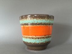 Scheurich 700 / 13 Vintage Planter 1970s  Mid Century Pottery, WGP. W.Germany. by VintageCeramics4You on Etsy https://www.etsy.com/ca/listing/268704428/scheurich-700-13-vintage-planter-1970s