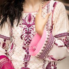 Stylish Dresses, Tops, Women, Fashion, Moda, Elegant Dresses, Fashion Styles, Fashion Illustrations, Woman
