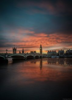 London One of the world's most frequented cities London comes with a little something for everyone: through history and lifestyle��_