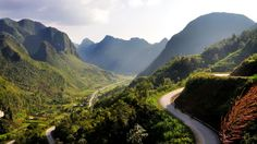Located in the far northern part of Vietnam, the Hà Giang province is a beautiful region that is largely unexplored by tourists. It has preserved its tribal culture still today.