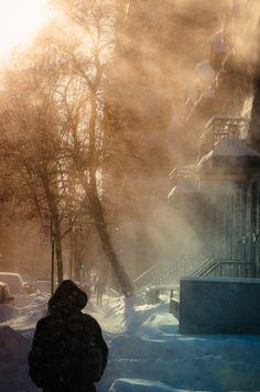 Blowing snow on rue Prince Arthur
