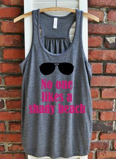 No one likes a shady beach Women's Tank