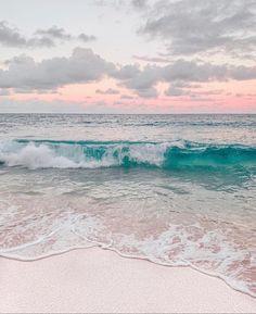Beachy Wallpaper, Urban Island, Beach Aesthetic, Blue Aesthetic, Clear Blue Sky, Beach Scenes, Beach Art, Beach Photography, Ocean Waves