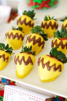 """""""Charlie Brown"""" chocolate covered strawberries for a charlie brown christmas party!"""