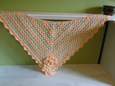 Shawl with rose ~ free pattern