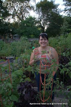 Sweet @TheYarden in her beautiful home garden at the #gardenchat tweet-up in Chicago!