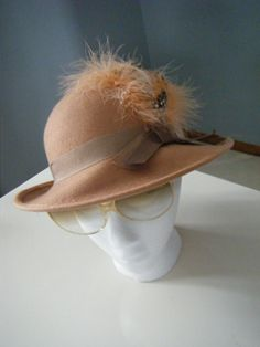 Vintage 1950s old hollywood glam avant garde Lancaster feather fedora