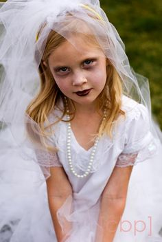Nice face paint for a child's ghost costume! It's hard to make a kid look like a ghost (but not a skeleton) and not too scary. Nicely done here on A Utah Mom's Life: Easy Halloween Costumes - Again Halloween Face Paint Scary, Halloween Bride Costumes, Cute Costumes, Halloween Kids, Halloween Makeup, Costume Ideas, Halloween 2016, Halloween Stuff, Dance Costumes