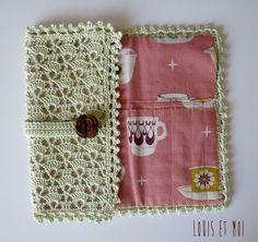 Louis et Moi (cosen y hacen crochet): Porta-agujas de ganchillo. Esta vez, para mi!