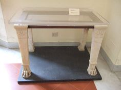 VI.12.2 Pompeii. Marble table supports with lions legs.    Found in second peristyle on 26th October 1831.    Now in Naples Archaeological Museum. Inventory number 53396    See PAH II, 252.