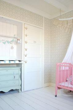 Idee #verschonen #Commode in een nis #babykamer | FRIVOLE