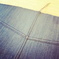 There is something deeply satisfying about getting top stitching to match and line up. But it can also be a source of real frustration. I unpicked the center seam twice before i decided to live with it.  #denim #jeanskirt #grainlinestudio #mossskirt #skirts #sewingskirts,jeanskirt,denim,sewing,grainlinestudio,mossskirtmythimbleandthreads