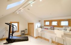 Architecture : Multipurpose Room In The Attic With Home Gym And A Workstation For Crafts Home Gym Designs that Attract Your Attention Fitness Centre. Fabulous Home Gym. Attic Apartment, Attic Rooms, Attic Spaces, Small Spaces, Attic Playroom, Attic Bathroom, Home Gym Design, Attic Design, Attic Renovation
