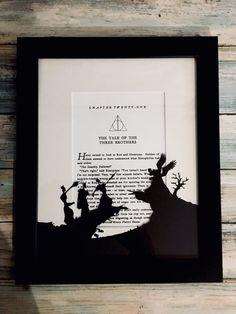 Three brothers (harry potter) - framed paper cutting wish li Décoration Harry Potter, Harry Potter Nursery, Harry Potter Artwork, Harry Potter Pictures, Paper Cutting, Imprimibles Harry Potter Gratis, Diy Deco Rangement, Harry Potter Weihnachten, Harry Potter Bricolage