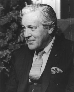 Melvin Belli (1907 - 1996) High profile trial lawyer, took many controversial cases, including the defense of Jack Ruby