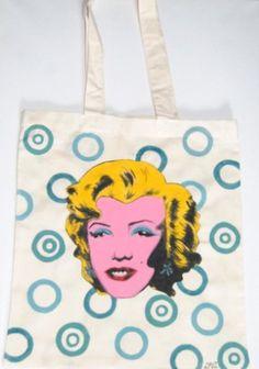 Ręcznie malowana torba z Marylin Monroe.