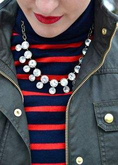 This gorgeous Luxe Craving necklace is the Marilyn style. Gorgeous sparkling rhinestones are complimented by a chunky chainlink.  tags: statment necklace, sparkle, jcrew, j crew, designer, fashion, blogger