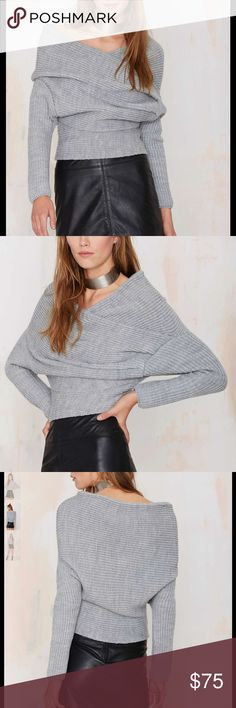 #159🦁🍂 Let's get to the knitty-gritty, shall we? The Bardot Sweater is made in a gray chunky ribbed knit and features wide neckline, overlay and ruching at front, and long sleeves. Wear it over a mini dress or pair it with boyfriend jeans, sandals, and a leather tote. By Line & Dot.  *Acrylic  *Runs true to size  *Model is wearing size small  *Dry clean only  *Imported Nasty Gal Sweaters