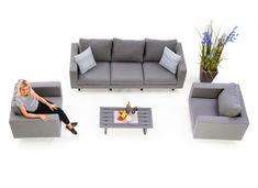 Heute einfach mal ausspannen. Unsere Salina 3er Garten Lounge bietet dank spezieller Quick-Dry-Foam-Polsterung uneingeschränkten Komfort. Nicht nur der unempfindliche Sunbrella Stoff ist ein weiterer Vorteil der Outdoor Lounge, auch das extravagante Design spricht für sich. Das wetterfeste Salina Gartensofa –Set bietet bis zu fünf Personen die Möglichkeit entspannte Stunden unter freiem Himmel zu geniessen. Outdoor Lounge, Komfort, Rattan, Couch, Furniture, Design, Home Decor, Heavens, Weather